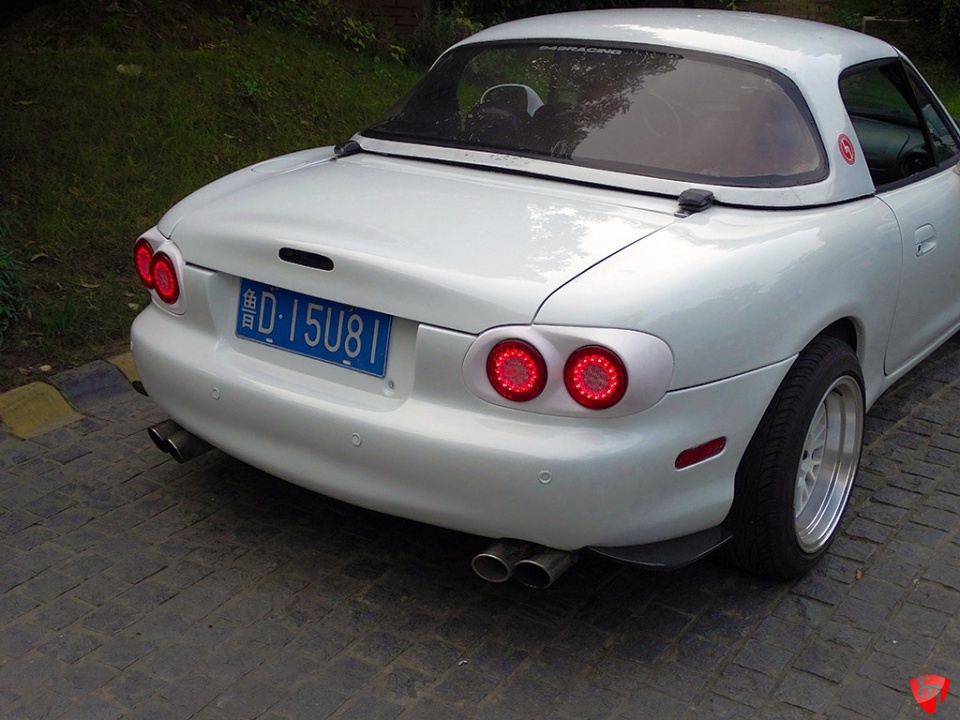 Carbonmiata Vintage Led Dual Tail Lights For Nb Set Of 2